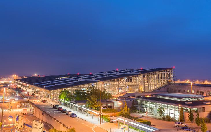 حمل و نقل فرودگاه اشتوتگارت