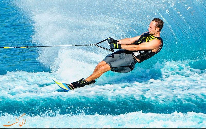 اسکی روی آب | Water Skiing- انواع ورزش های آبی