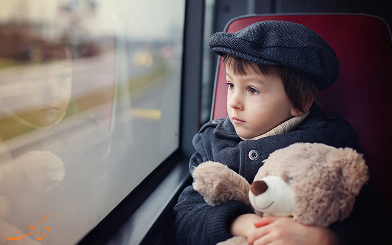 ماشین گرفتگی در سفر - سفر با کودکان