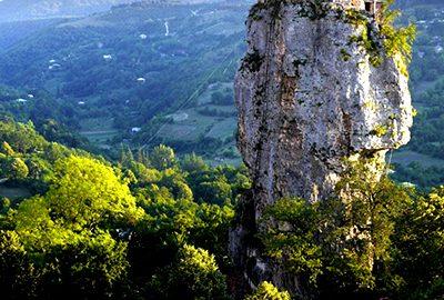 کلیسای صخره ای درگرجستان
