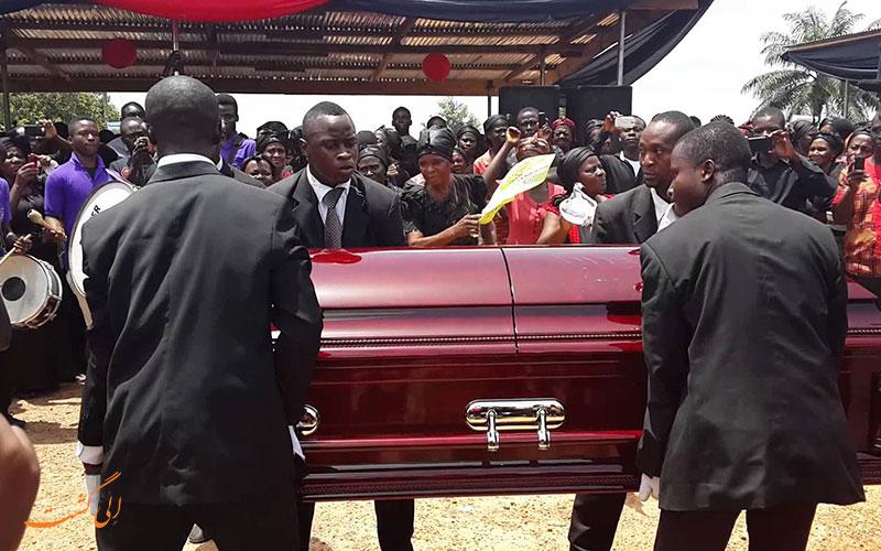 مراسم خاکسپاری در غنا