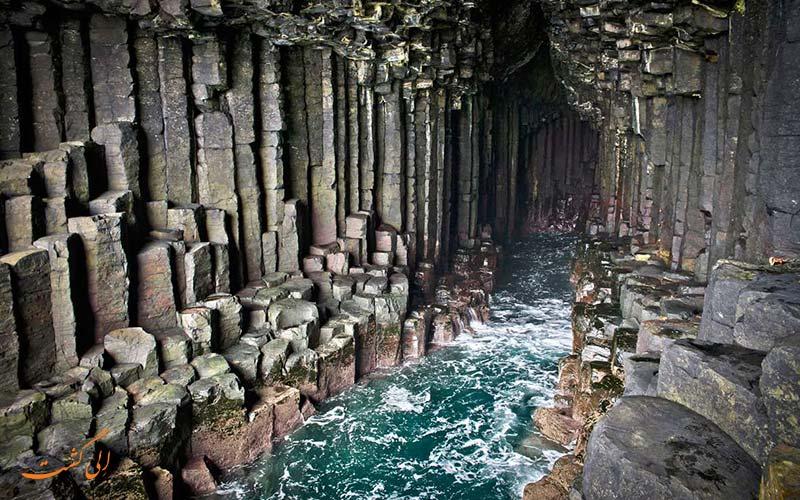 غار فینگال در اسکاتلند