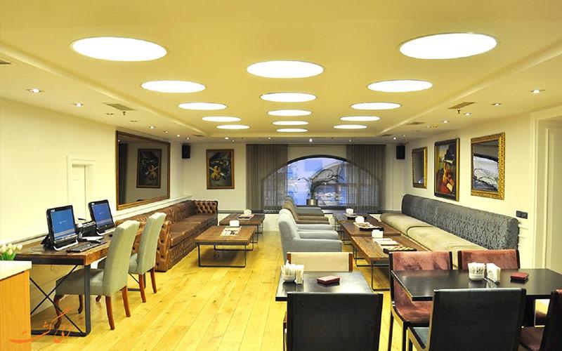 هتل پرا تولیپ استانبول | لابی و کافی نت
