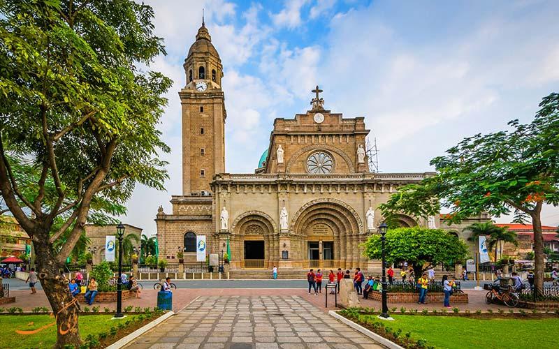 کلیسای جامع مانیل