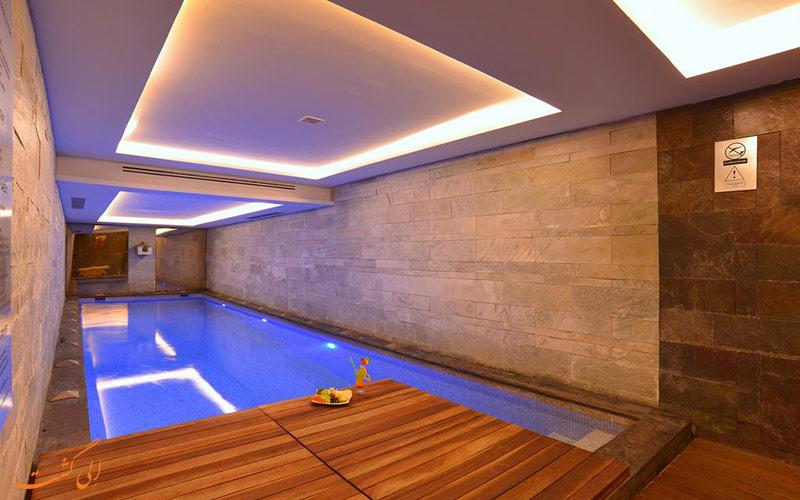 هتل پرا تولیپ استانبول | استخر