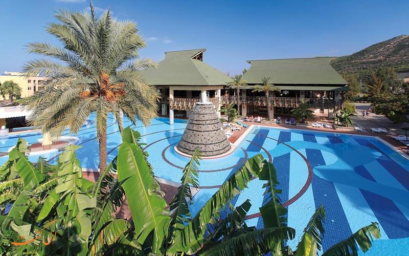 هتل آکوا فانتزی کوش آداسی | استخر