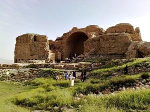 کاخ اردشیر بابکان - الی گشت