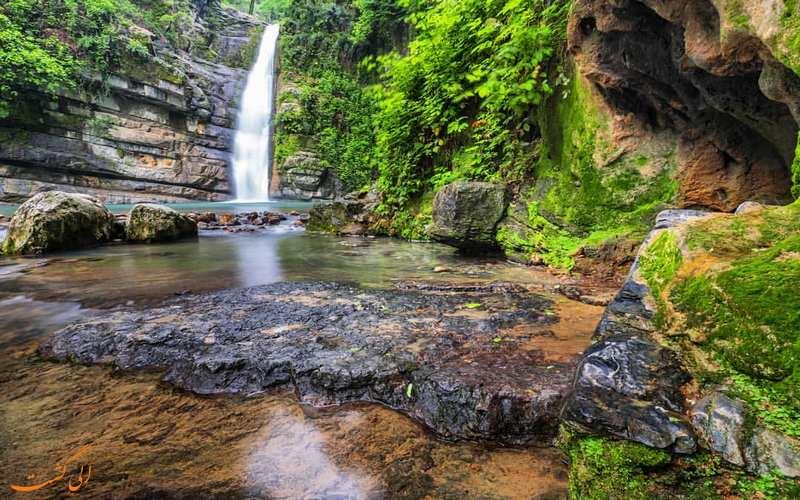 مجموعه آبشارهای زیبای شیرآباد