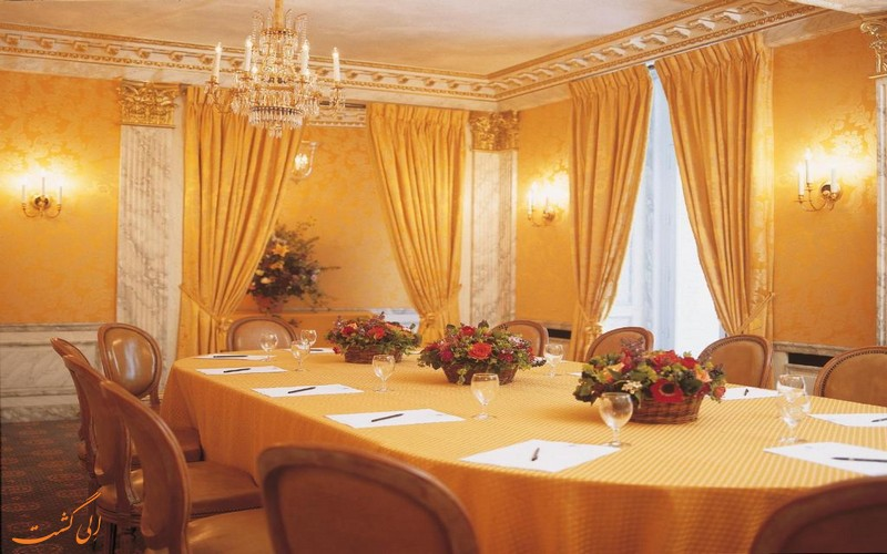 هتل ویکتوریا پالاس در پاریس