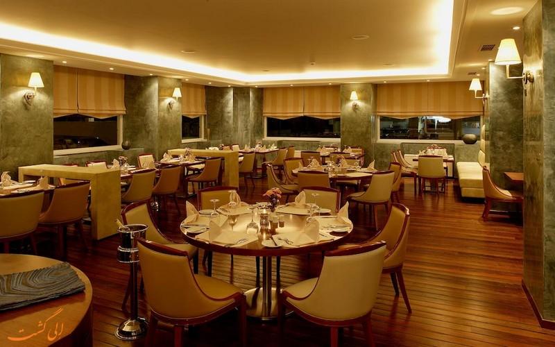 هتل پیرائوس تئوکسینیا در یونان