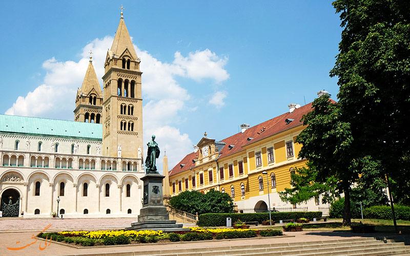 معماری کلیسای جامع سنت پیتر