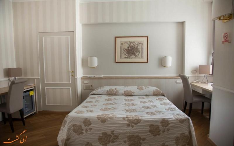 هتل فلورا در میلان