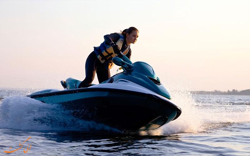 جت اسکی | Jet Skiing- هیجان انگیزترین ورزش های آبی