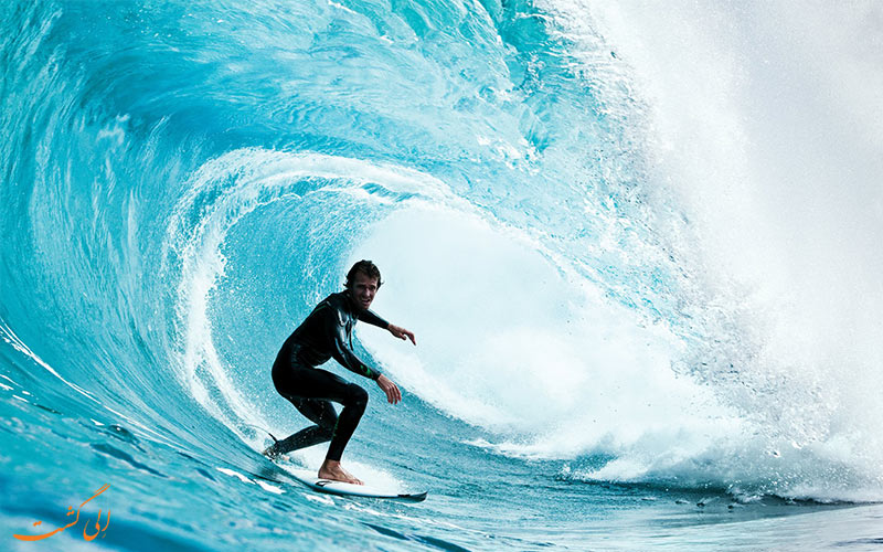 Surfing موج سواری- انواع ورزش های آبی