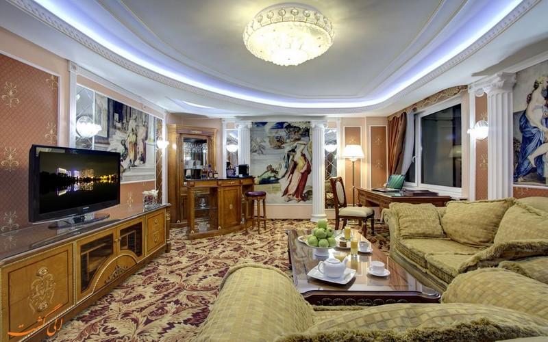 هتل ازمیلوو آلفا
