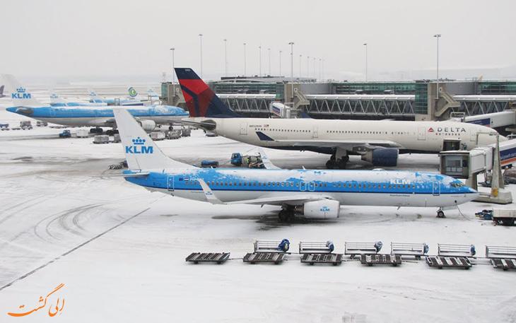 فرودگاه اسخیپول در زمستان