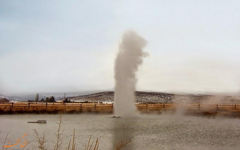 چشمه آب گرم Old Perpetual