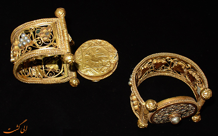 اشیاء طلایی کشف شده در وارنا