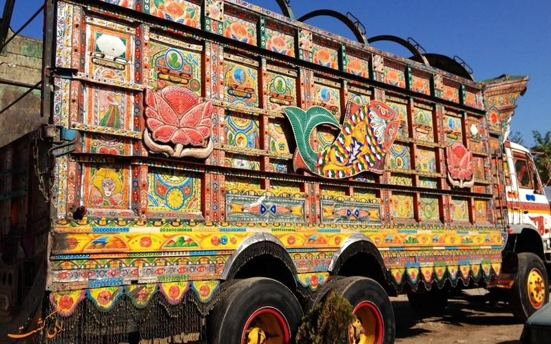 تزئینات زیبای کامیون ها