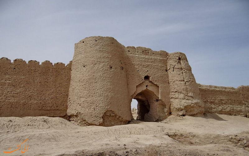 سردر قلعه