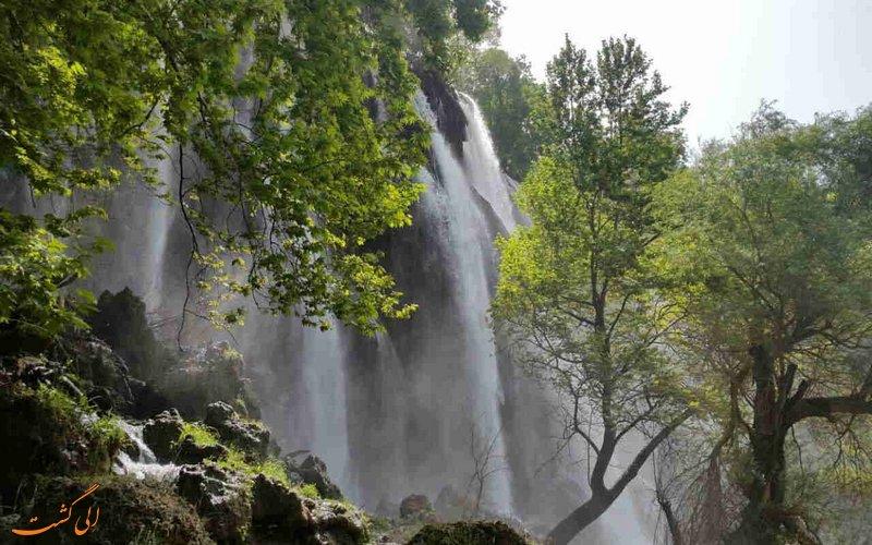 آبشار از نمای دیگر