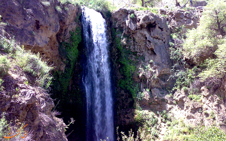 آبشار آبگرم