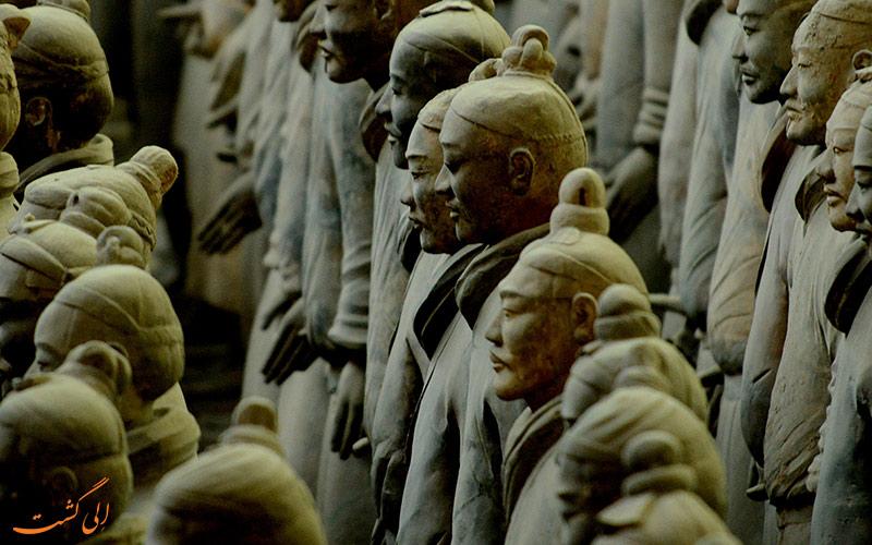سربازان ایستاده- تور چین