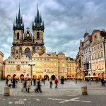 جلوه ای از تاریخ چک را در میدان قدیمی شهر پراگ ببینید
