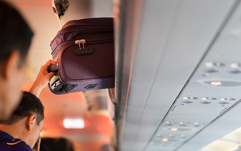 اشتباهات داخل هواپیما