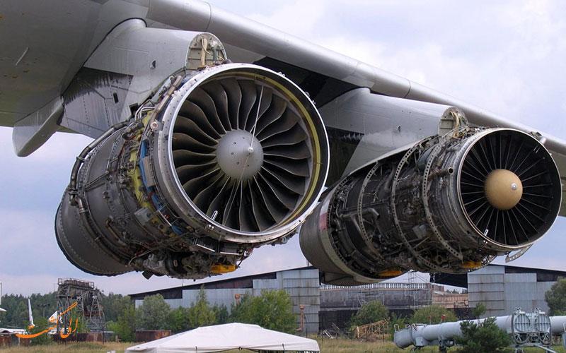 خراب شدن موتور یک هواپیما