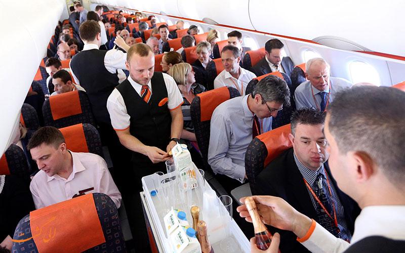 مهمانداران هواپیما