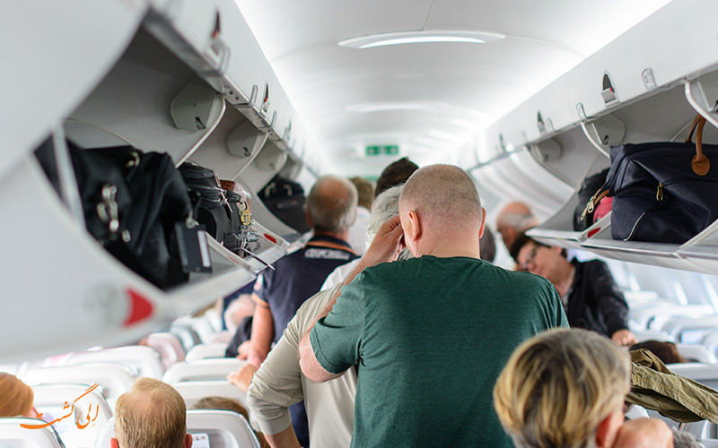 خروج از هواپیما