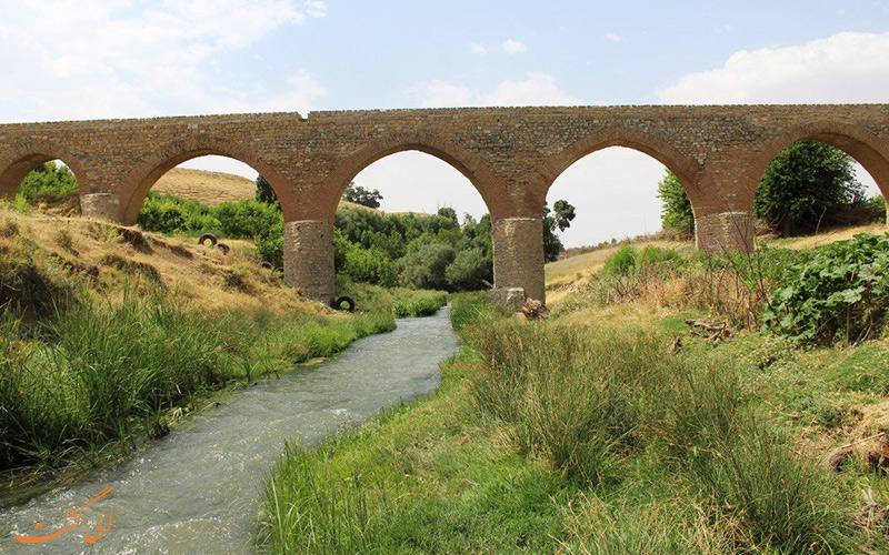 پل قلعه حاتم در بروجرد