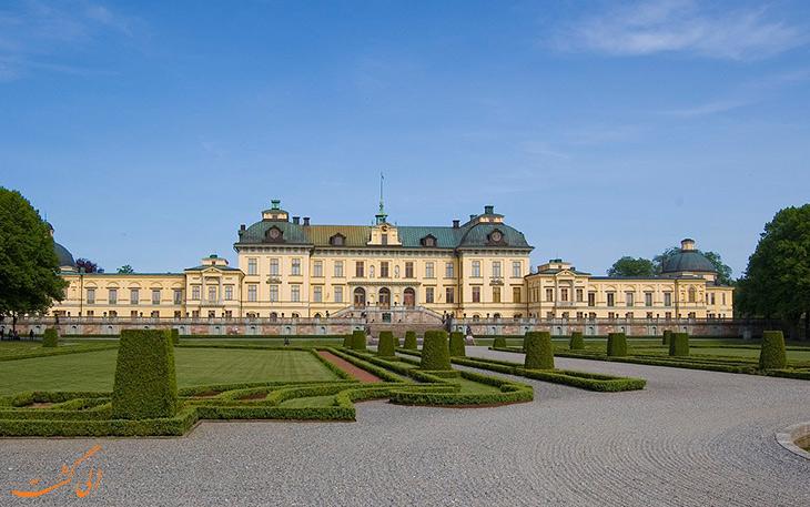 قصر دروتنینگهلم در استکهلم