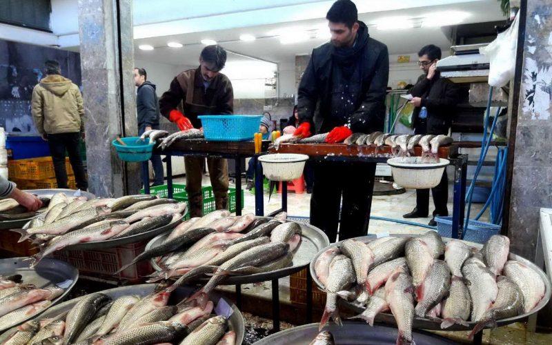 بازار ماهی فروشان انزلی
