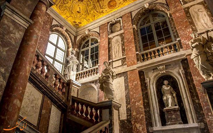 نمای داخلی قصر دروتنینگهلم