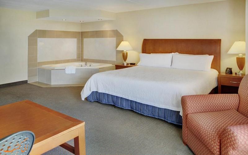 هتل هیلتون گاردن این تورنتو