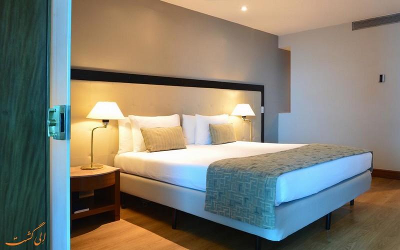 هتل 4 ستاره پستانا