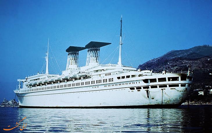کشتی رافائل در ایتالیا