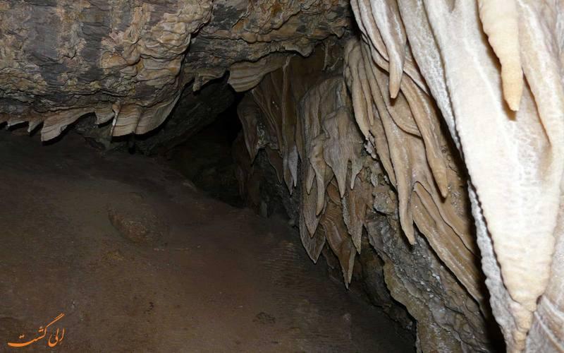رسوبات آهکی غار