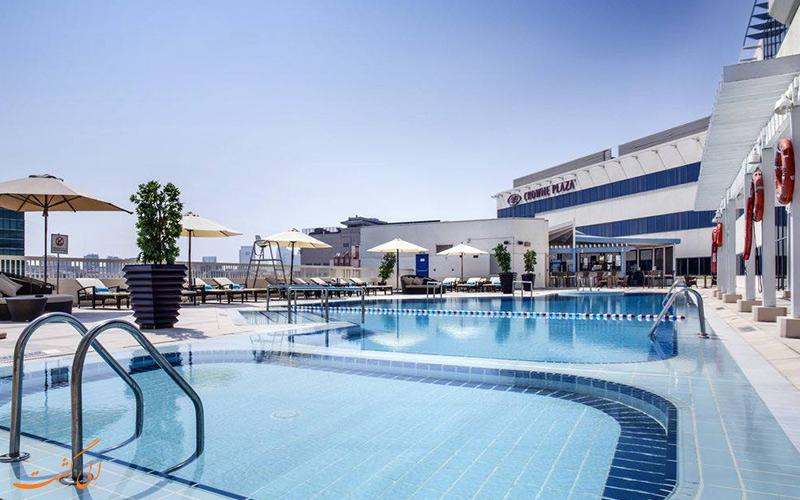 استخر هتل کرون پلازا دبی