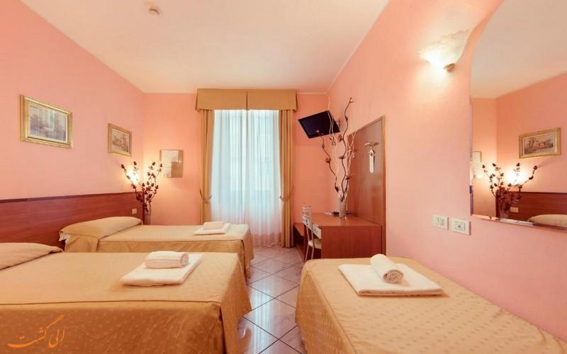 هتل 3 ستاره برینزا میلان