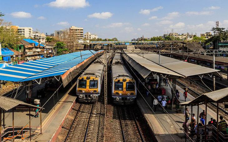قطارهای محلی بمبئی