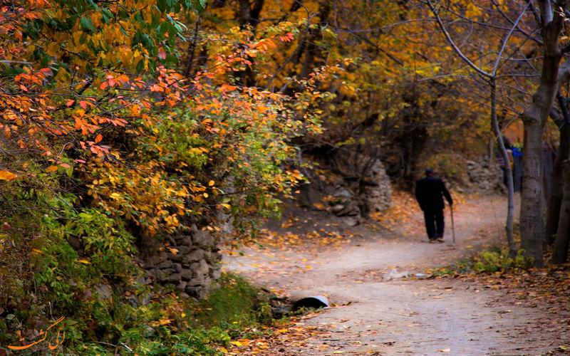 مسیر زیبای آهار به آبشار شکراب