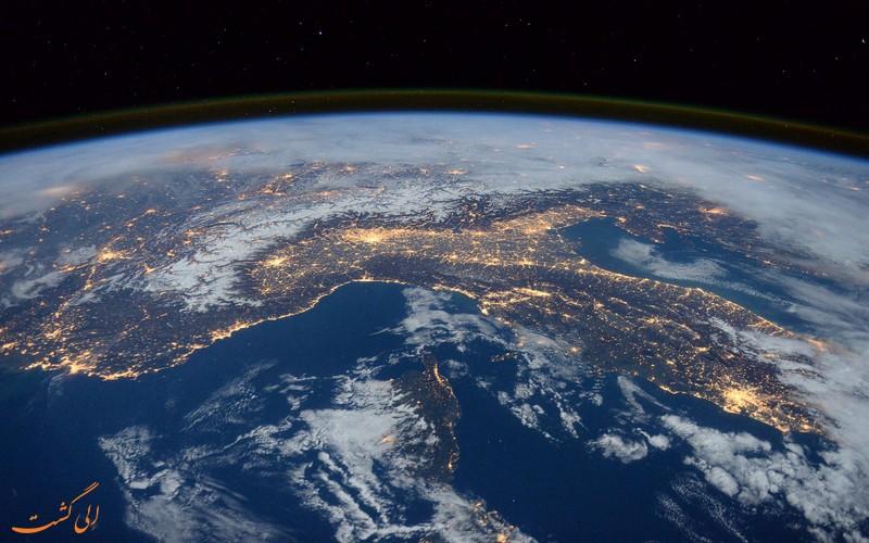 منظره ای از زمین