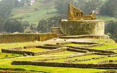ویرانه های تمدن اینکا در اکوادور