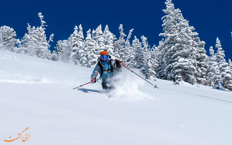 اسکی در کوه
