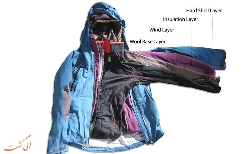 انتخاب لباس مناسب برای سفر-لایه بندی لباس ها