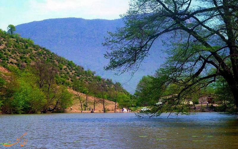 دریاچه زیبای شورمست در سواکوه
