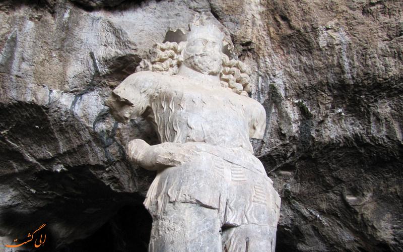 غار بیشاپور